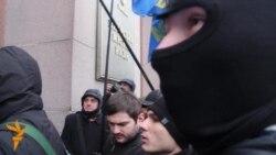 Вхід до Київради заблокували
