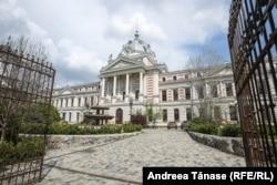 Numai Spitalul Colțea din București a încheiat contracte de aproape 20 de milioane de lei