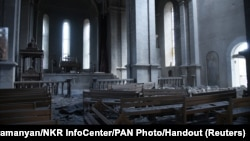 Собор Святого Христа Всеспасителя (Газанчецоц) в Шуши после ракетного обстрела, 8 октября 2020 г.