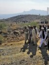 On November 19 activists of the Pashtun Tahafuz Movement marched on the trenches of two rival clans in Mir Ali, North Waziristan, to force a brief cease-fire.