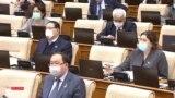 Страна в режиме ЧП. Мажилис принимает проект о митингах