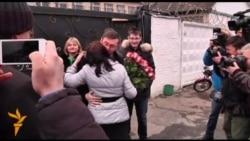 Yanukovych Pardons Lutsenko