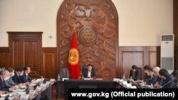 Кыргыз өкмөтүнүн жыйыны (Фото архивден. 2020-жылдын 12-октябры)