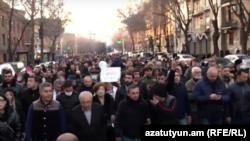«Հայրենիքի փրկության շարժման» երթը նախագահի հայտարարությունից հետո, Երևան, 27-ը փետրվարի, 2021թ․