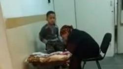 Из-за нехватки мест в районной больнице детей с высокой температурой и с судорогами кладут в коридоре