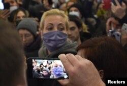Gruaja e Navalnyt, Yulia.