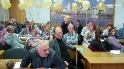 У Дніпропетровську зі скандалами засідала комісія з декомунізації