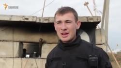 Azov askeri Qırım «separatistiniñ» yaqalanuvı aqqında (video)
