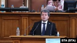 "Председателят на парламентарната група на ""Има такъв народ"" Тошко Йорданов"