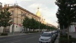 Покрова в Севастополе: без социальной дистанции и с нарушением масочного режима (видео)