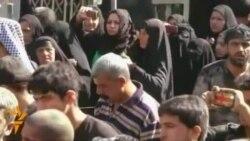 زوار يحيون ذكرى وفاة الإمام الكاظم