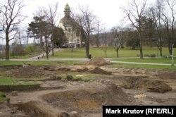 Место раскопок, парк Летна