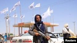 """""""Талибан"""" қарулы жасағы. Ғазни, Ауғанстан, 14 тамыз 2021 жыл."""