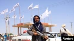 Четвертый по величине город Афганистана – Мазари-Шариф – перешел под контроль талибов.