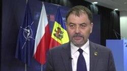 Anatol Șalaru în dialog cu Liliana Barbăroșie la summitul Nato de la Varșovia