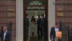 Герцог и герцогиня Кембриджские показали новорожденную дочь