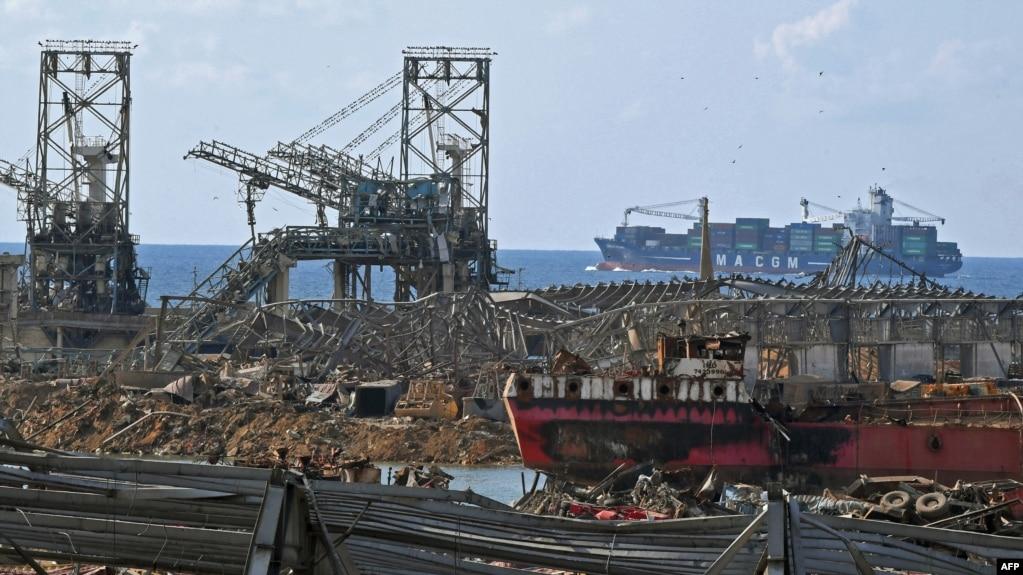 انفجار هزاران تن نیترات آمونیوم بندر بیروت را نابود کرد