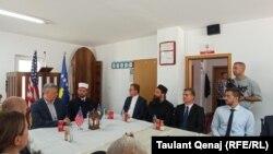 Pamje nga dreka e organizuar për festën e Kurban Bajramit nga imami Labinot Maliqi.