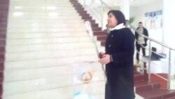 Марҳабо Ҷабборӣ, муовини нахуствазир, ҳангоми раъйдиҳӣ