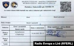 Një Kosovë, ky është dokumenti i vetëm që autoritetet u japin personave që vaksinohen kundër koronavirusit.
