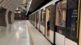 Public Transport In Budapest Halts To Honor Victims Of COVID-19 Pandemic