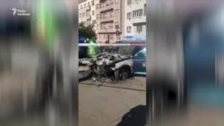 Українському активісту у Празі підпалили авто – відео