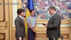 Не втрачайте, не дивлячись на громадянство, зв'язки з Росією – Порошенко на врученні паспорта Гайдар і Федоріну