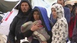 Nove kolone izbeglica ulaze u Makedoniju