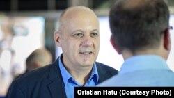 Cristian Hatu e de părere că autoritățile române ar trebui să fie mai previzibile atunci când iau decizii precum întoarcerea elevilor la școală.