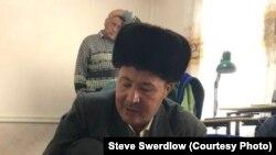 Чуян Маматкулов (на переднем плане) после освобождения из тюрьмы. 2018 год.