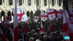Президента Грузии выбрали, но борьба в СМИ продолжается