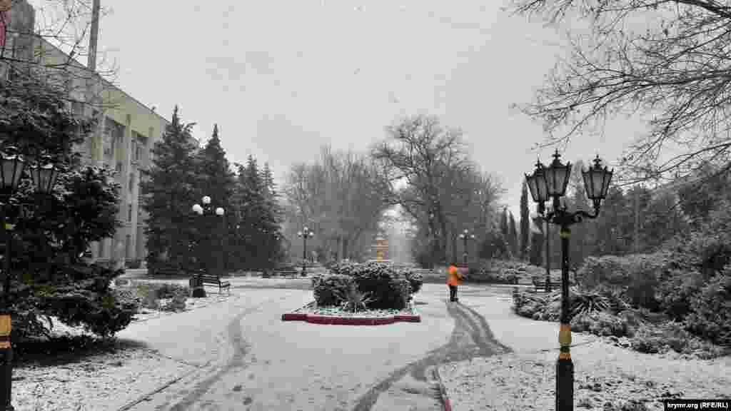 Перший сніг випав у Керчі. Більше фото тут