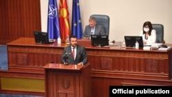 Премиерот Зоран Заев од седницата за пратенички прашања во Парламентотent