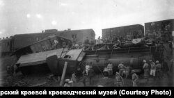 Крушение поезда под Красноярском. 1917 г.