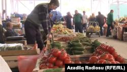 Bakıda bazar, arxiv foto