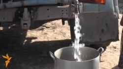 Kənd camaatı içməyə su tapmır
