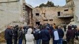 Ministrul Culturii, Sergiu Prodan, și directoarea Filarmonicii Naționale, Svetlana Bivol, țin o conferință de presă pe ruinele edificiului care a fost mistuit de flăcări în septembrie 2020