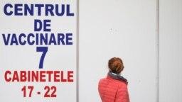 Punct de vaccinare împotriva Covid-19 deschis pentru cadrele didactice la Romexpo, București, 24 februarie 2021. Inquam Photos/ Octav Ganea