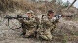 Тренування резервістів територіальної оборони. Україна