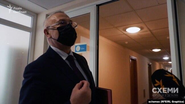 Суддя Сергій Головатий зараз виконує обов'язки голови суду