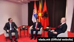 Српскиот претседател Александар Вучиќ, македонскиот премиер Зоран Заев и албанскиот премиер Еди Рама во Охрид, архивска фотографија