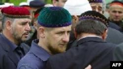 Рамзан Кадыров на похоронах своего отца