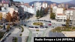 Mitrovica e Veriut. Fotografi nga arkivi.