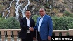 ملاقات رئیسان جمهور تاجیکستان (راست) و قرغیزستان