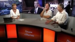 Пропажа Медведева - бунт на коленях?