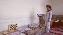 """Сабрина ният дорад, ки """"гроссмейстер"""" шавад"""