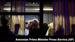 Армянские военнопленные после возвращения в Ереван