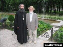 Архимандрит Стефан Садо с отцом Михаилом Юханновичем
