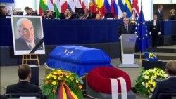 В Страсбурге простились с бывшим канцлером Германии Гельмутом Колем