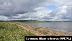 Пляж на берегу бухты Обманная. Хабаровский край